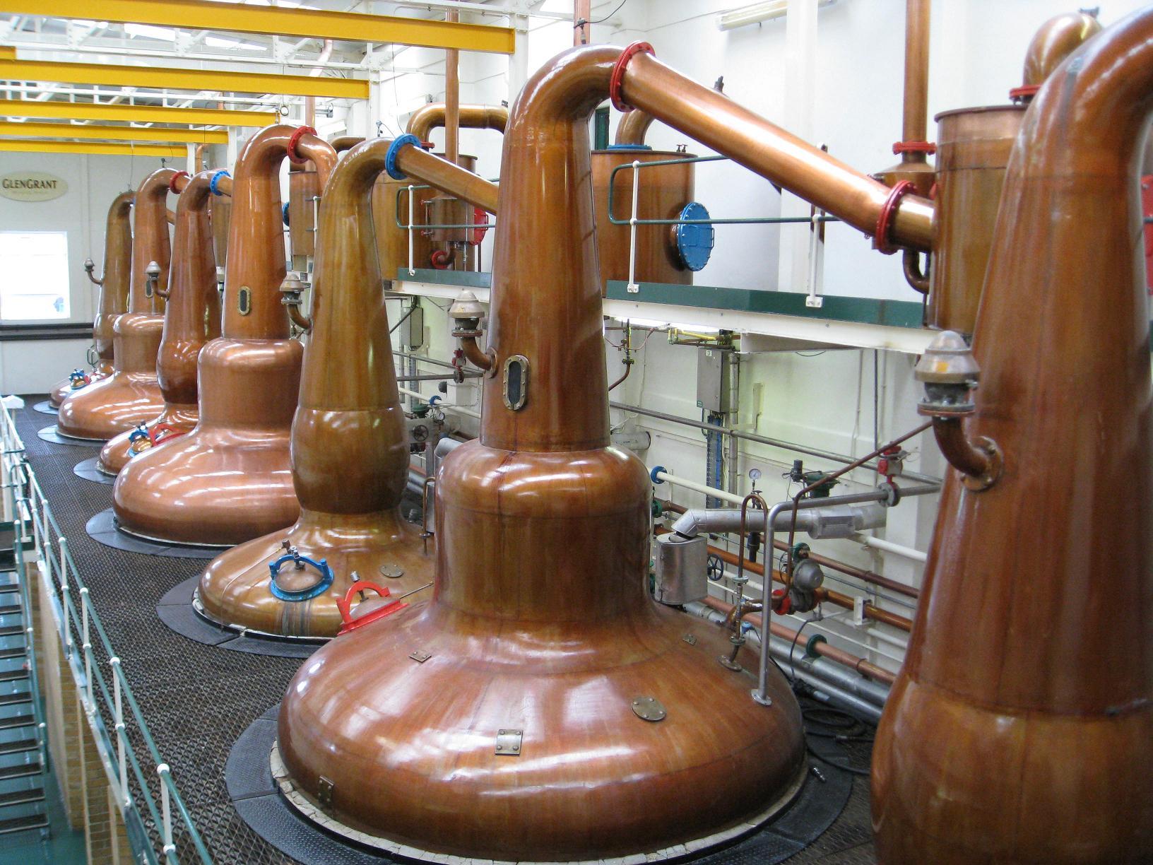 Distilleerketels Glen Grant te Rothes